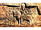 Valerian surrendering to the Persian king Shapur I, on a rock relief at Naqsh-i Ruslam.